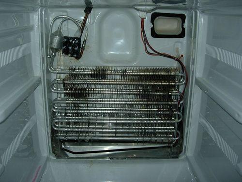 Что делать если не охлаждает холодильник?