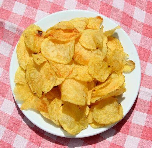 Как делать чипсы в микроволновке из картошки