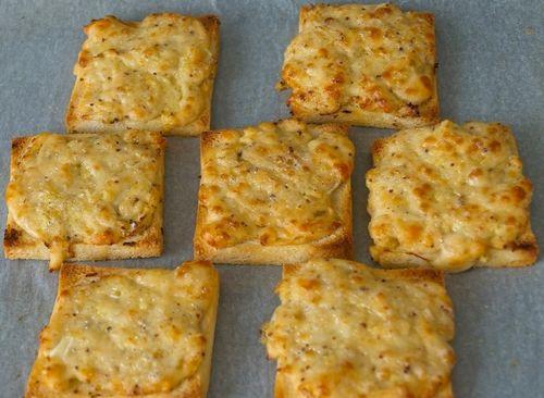 Гренки с сыром моцарелла